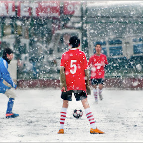 Cold Huh? by Erdem Photography - People Street & Candids ( ball, heart, colors, white, amateurs, sport, game, ambition, red, cold, football, blue, struggle, color, ice, snow, boys, boy )