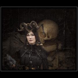 the night spell by Kathleen Devai - Digital Art People ( fantasy, skull, gothic, woman, art, dragon )