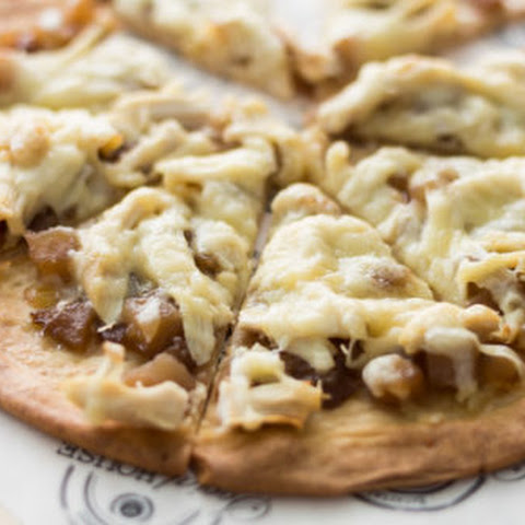 Chicken Flatbread Pizza with Apple Caramelized Onion Spread