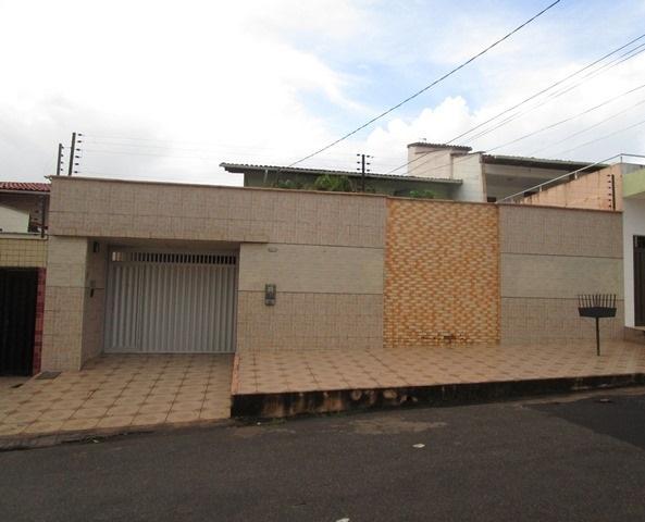 Casa residencial à venda, Residencial Vinhais II, São Luís.