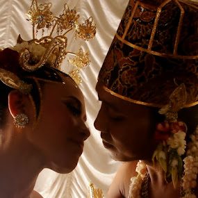 by Abdul Firdausy - Wedding Bride & Groom
