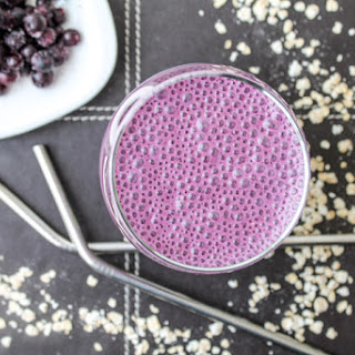 Creamy Blueberry Breakfast Smoothie