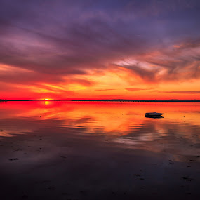 Shine by Abílio Neves - Landscapes Sunsets & Sunrises ( clouds, water, reflection, red, sunset )