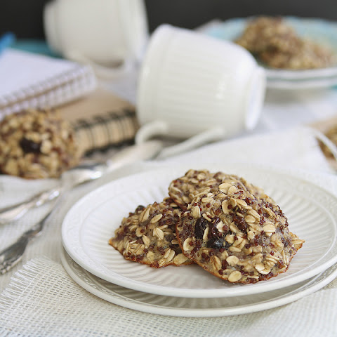 Oatmeal Raisin Quinoa Breakfast Cookies