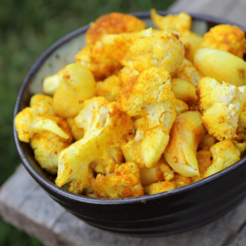 Turmeric-Roasted Garlic and Cauliflower