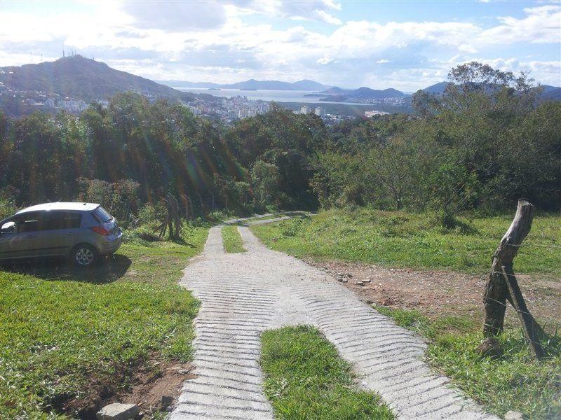 Florianópolis - Área / Terreno 5.560m² na Vereador Frederico Veras - Pantanal para Venda.