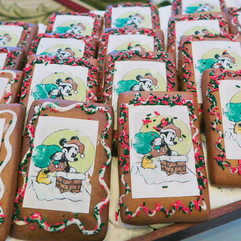 Disneyland's Gingerbread Cookies