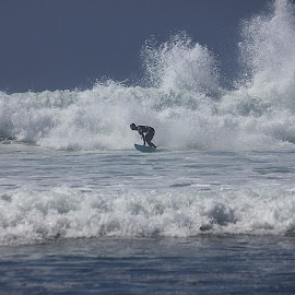 La Fonda by Rick Blakeley - Sports & Fitness Surfing ( surfing, waves, pacific ocean, beach, surf )