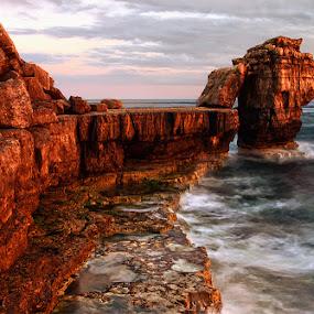 Pulpit Rock HDR by Mark Leader - Landscapes Waterscapes ( portland, hdr, jurassic, waves, sea, pulipt rock, rocks, coast, dorset )