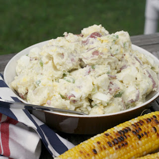 Old Fashioned Creamy Potato Salad