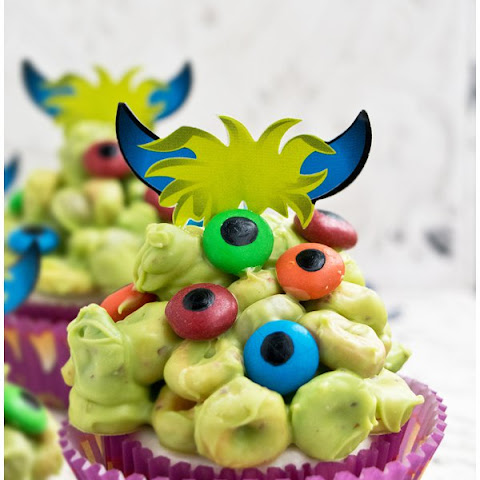 Monster Blob Cupcakes