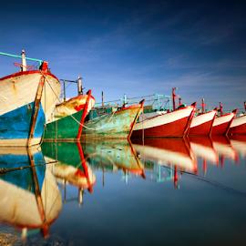 Benoa Harbour by Didik Mahsyar - Transportation Boats ( benoa, bali, goldblue, singhray, traditional, beach, nikon, boat, tokina, phinisi, dhm )