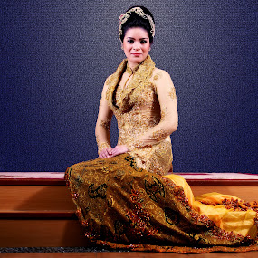 by Aditya Krista - People Fashion ( girls, fashion, indonesia, traditional, beauty, women )