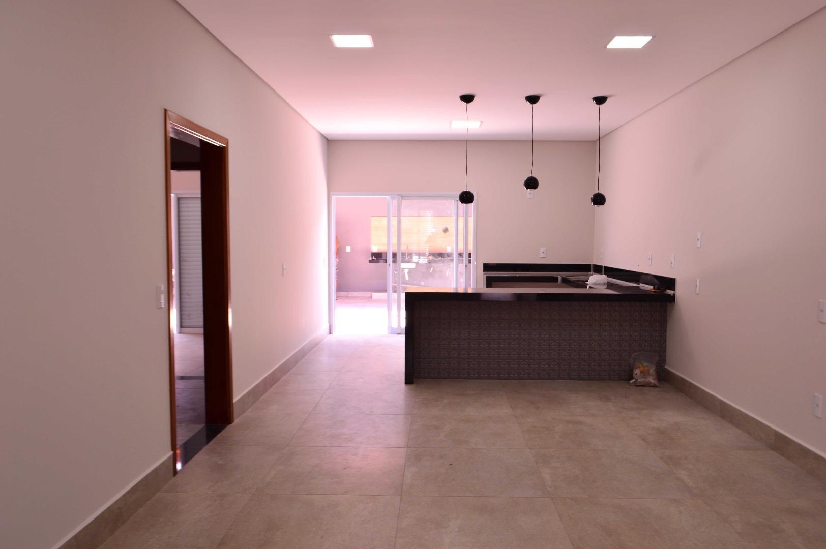 Casa com 3 quartos à venda, 120 m² por R$ 371.000 - Jardim Altos do Klavin - Nova Odessa/SP