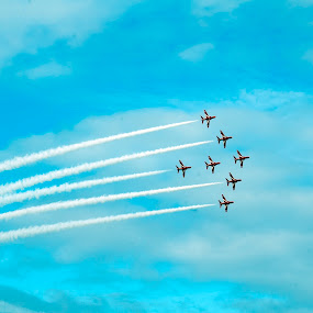 red arrows in full effect by Mark Shepherdson - Transportation Airplanes