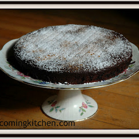 Red Wine Chocolate Cake with a Hint of Spice