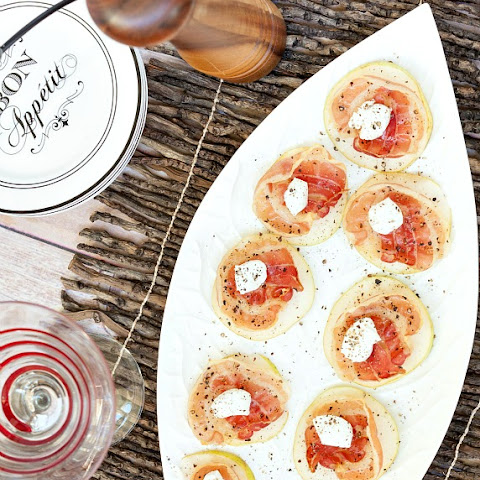 Healthy Pear Pancetta Goat Cheese Appetizer Bites