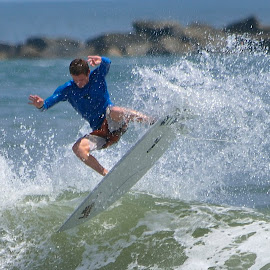 by Terry Barker - Sports & Fitness Surfing (  )