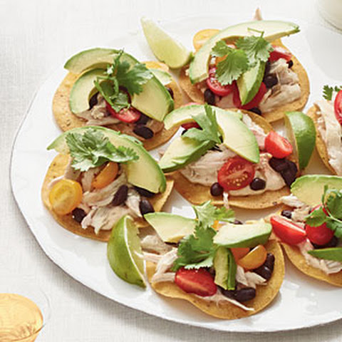 Chicken & Bean Tostadas with Chipotle Lime Sauce Recept | Yummly