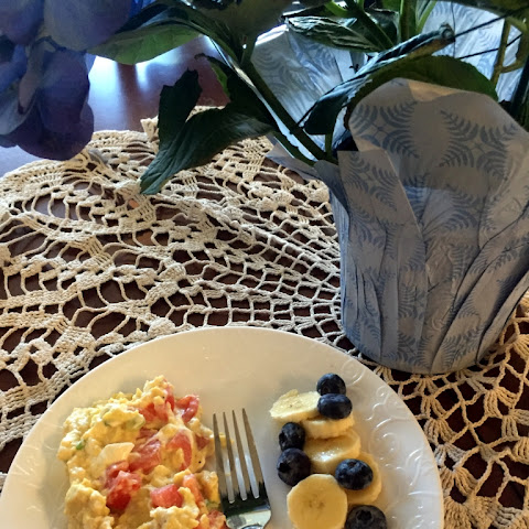 Luscious Scrambled Eggs with Scallions and Tomatoes