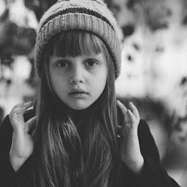 Alice by Nadezda Zavitaeva - Babies & Children Child Portraits ( girl, little, cute, pretty, portrait )