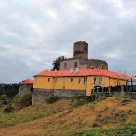 Svojanov castle by Robert Hlobilek - Buildings & Architecture Other Exteriors ( sky, svojanov, hill, castle, clouds, czech )