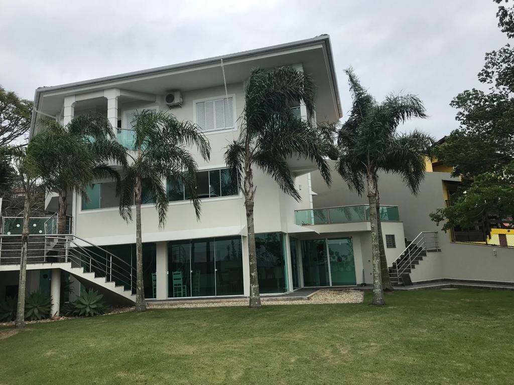 Casa condomínio Bosque das Mansões, São José.