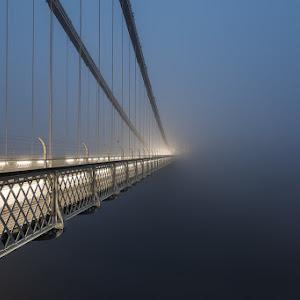 Clifton-Bridge-dark.jpg