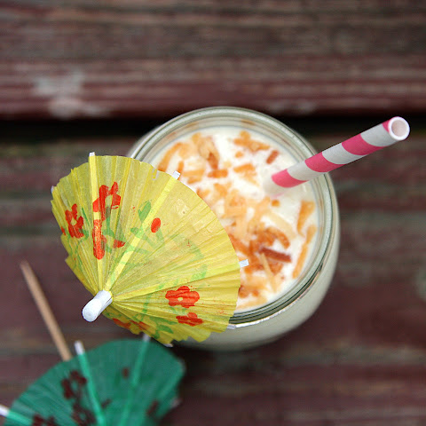 Piña Colada Breakfast Smoothie