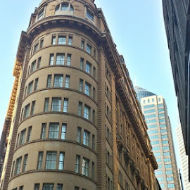 by Mellissa Flynn - Buildings & Architecture Office Buildings & Hotels