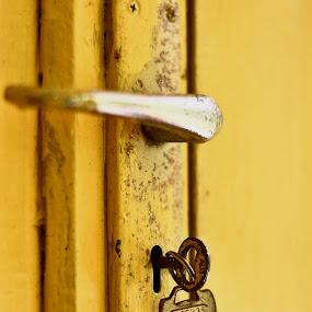 2 Kunci by Zamri Ahmad - Artistic Objects Other Objects