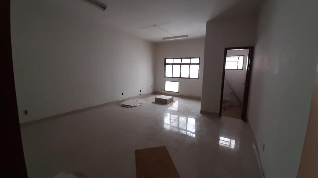 Sala para alugar, 61 m² por R$ 450,00/mês - São Benedito - Uberaba/MG