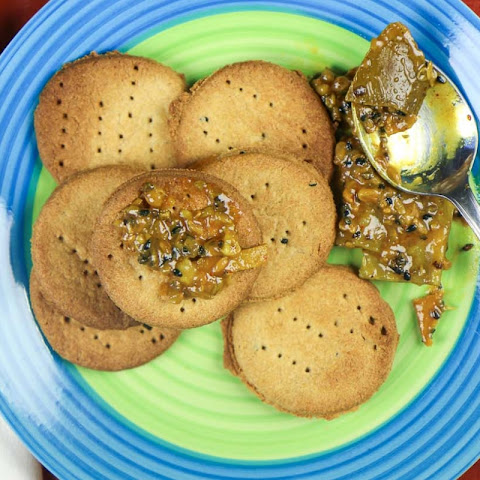 Baked Mathri Recipe (Non Fried Tea Time Snack)