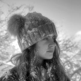 Winter Day by Dalibor Jud - Babies & Children Child Portraits ( gorski kotar, winter, zima, snow, croatia, stella, snijeg, delnice, hrvatska, petehovac )