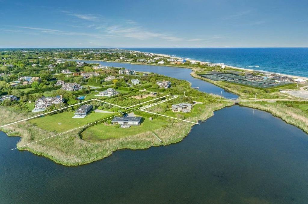 Belíssima casa de luxo no coração dos Hamptons em NY