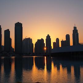 Dubai Mall by Beh Heng Long - City,  Street & Park  Skylines ( dubai )
