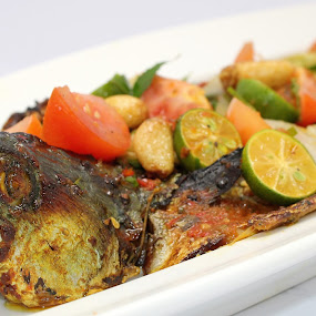 baked whole Mackerel by Chef Faizal - Food & Drink Ingredients