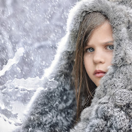 Frozen by Lucia STA - Babies & Children Child Portraits