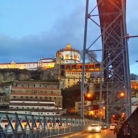 by Nuno Monteiro - City,  Street & Park  Vistas