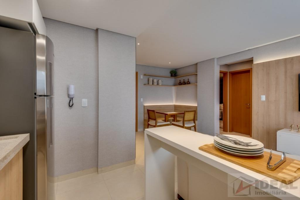 apartamento com dois quartos sendo um suíte, sala, varanda, cozinha, banheiro social, área de serviço e...