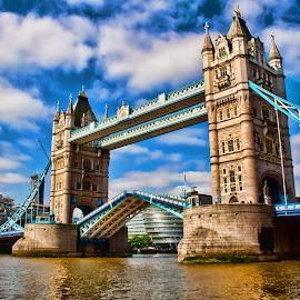 TOWER BRIDGE LONDON by Gianluca Presto - Buildings & Architecture Bridges & Suspended Structures ( clouds, europe, suspended, united kingdom, city, england, city view, london, great britain, sunny, tower bridge, cloudy, bridge, river,  )