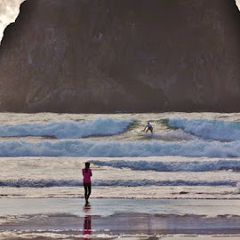 Parting of the water by Debbie Slocum Lockwood - Sports & Fitness Surfing