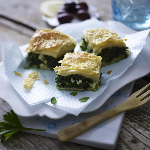 Spanakopita - Spinach and Feta Phyllo Pie