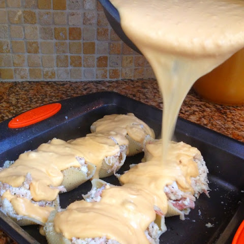 Cheesy Chicken Stuffed Shells