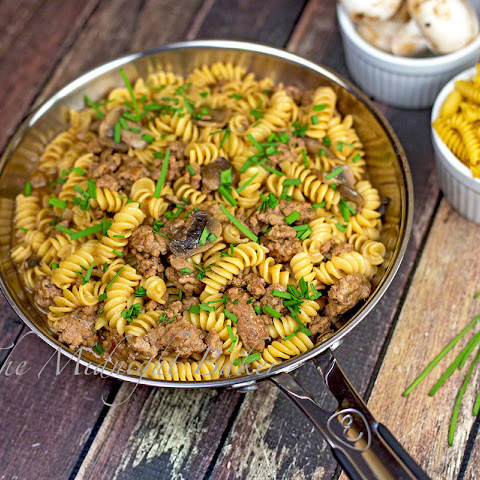 Ground Beef & Pasta with Gravy