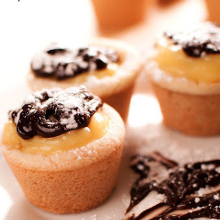 Quick and Easy Mini Eclair Cups