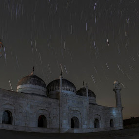 Star Trails  by Yuni  Khan - Buildings & Architecture Public & Historical ( derawar masjid, yuni's photography,  )