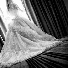 waiting for you to come by Henry Suwardi - Wedding Bride (  )