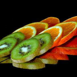 orange with kiwi by LADOCKi Elvira - Food & Drink Fruits & Vegetables ( fruits )