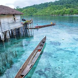PAPAN ISLAND  by Arya Fianto - Transportation Boats